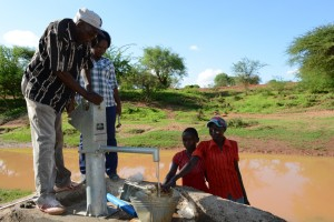 The Water Project : 13-kenya4499-construction