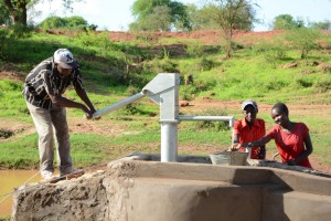 The Water Project : 15-kenya4499-construction