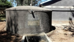 The Water Project : 16-kenya4624-finished-tank
