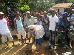 The Water Project : 18-sierraleone5095-breaking-ground