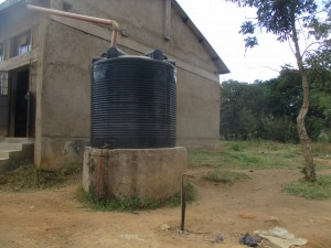 The Water Project : 19-kenya4639-10000-liters