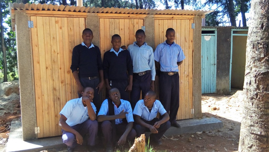 20 kenya4624 finished latrines