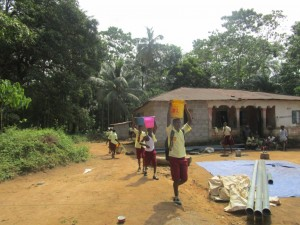 The Water Project : 23-sierraleone5095-drilling