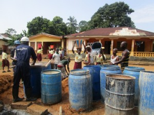 The Water Project : 25-sierraleone5095-drilling