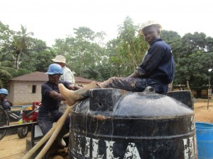 The Water Project : 28-sierraleone5095-drilling