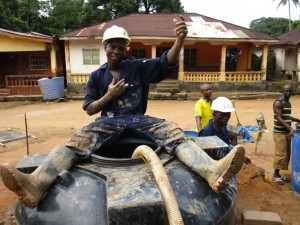 The Water Project : 30-sierraleone5095-drilling