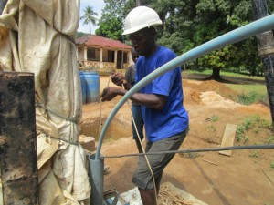 The Water Project : 34-sierraleone5095-drilling