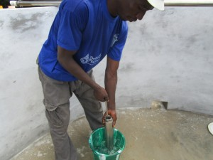 The Water Project : 37-sierraleone5095-pump-installation