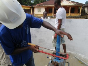 The Water Project : 38-sierraleone5095-pump-installation