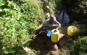 The Water Project : 4-kenya4698-hussein-spring