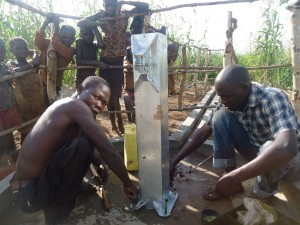 The Water Project : 10-uganda6077-pump-installation
