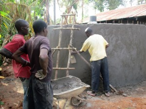 The Water Project : 13-kenya4632-construction