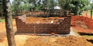 The Water Project : 13-kenya4633-construction