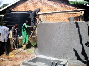 The Water Project : 14-kenya4633-construction