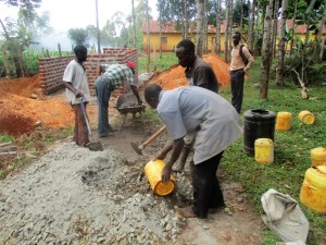 The Water Project : 15-kenya4633-construction