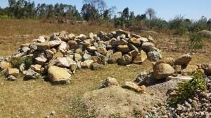 The Water Project : 15-kenya4647-gathered-materials