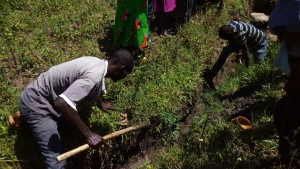 The Water Project : 15-kenya4700-starting-construction-work