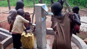 The Water Project : 16-uganda6078-clean-water