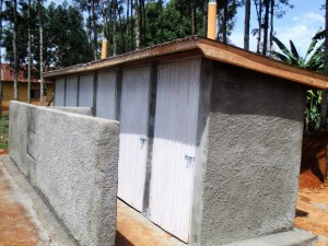 The Water Project : 18-kenya4633-finished-latrines