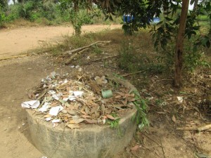 The Water Project : 18-sierraleone5106-rubbish-pit