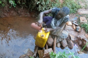 The Water Project : 2-kenya4710-fetching-water