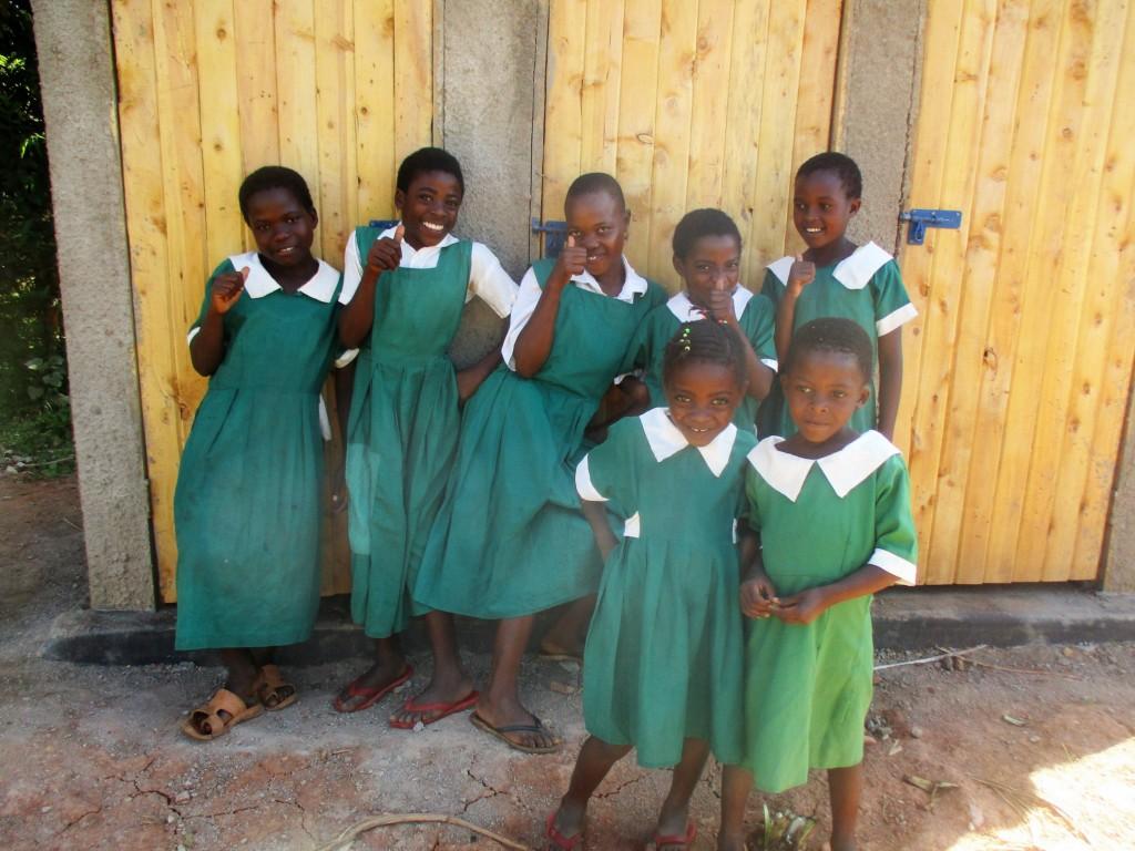 20 kenya4632 finished latrines