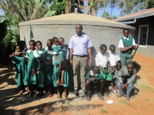 The Water Project : 21-kenya4632-finished-tank