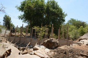 The Water Project : 22-kenya4756-sand-dam-construction