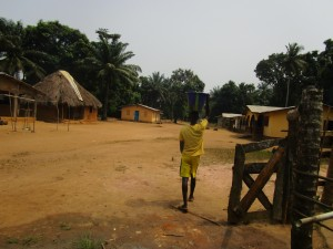 The Water Project : 3-sierraleone5107-carrying-water