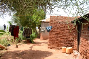 The Water Project : 5-kenya4756-clothesline