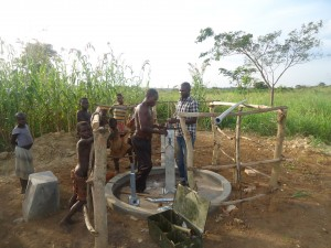 The Water Project : 5-uganda6077-pump-installation