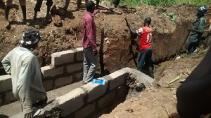 The Water Project : 6-uganda6076-construction