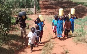 The Water Project : 7-kenya4649-fetching-water