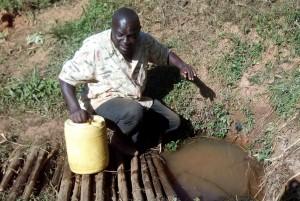 The Water Project : 7-kenya4704-mr-ambasi