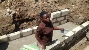 The Water Project : 9-uganda6076-construction