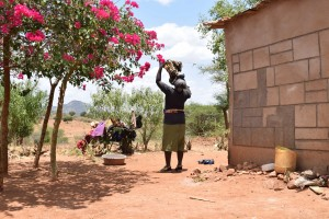 The Water Project : 13-kenya4758-clothesline