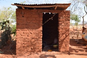 The Water Project : 13-kenya4763-household-2