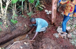 The Water Project : 15-kenya4699-construction
