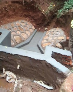 The Water Project : 16-kenya4702-construction