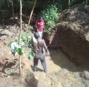 The Water Project : 17-kenya4702-construction