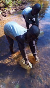 The Water Project : 2-kenya4708-mwikholo-spring
