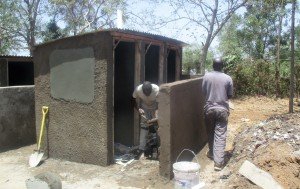 The Water Project : 23-kenya4639-construction