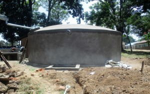 The Water Project : 24-kenya4639-construction