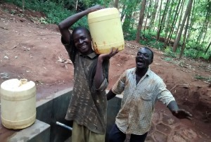 The Water Project : 24-kenya4702-protected-spring