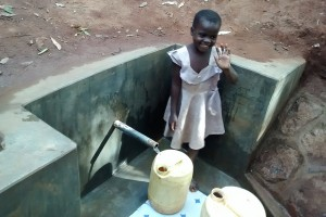 The Water Project : 25-kenya4702-protected-spring