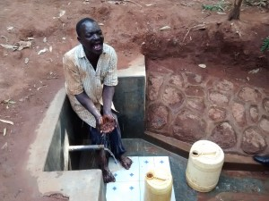 The Water Project : 27-kenya4702-protected-spring
