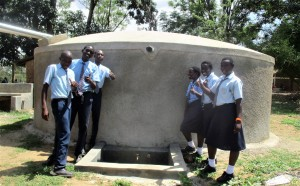 The Water Project : 31-kenya4639-finished-tank