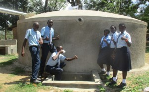 The Water Project : 32-kenya4639-finished-tank