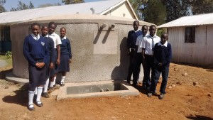 The Water Project : 39-kenya4637-finished-tank