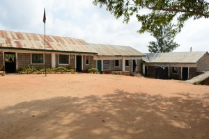 The Water Project : 4-kenya4803-school-compound
